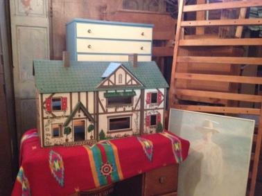Doll House. Mid-Century Dresser.